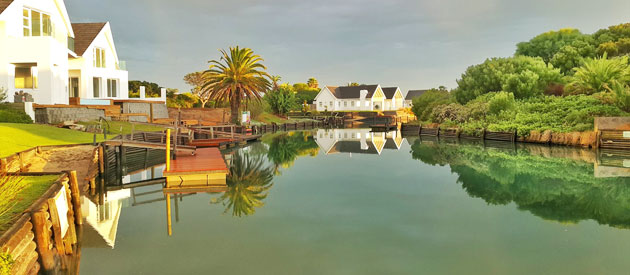 BRISAN ON THE CANALS, ST FRANCIS BAY
