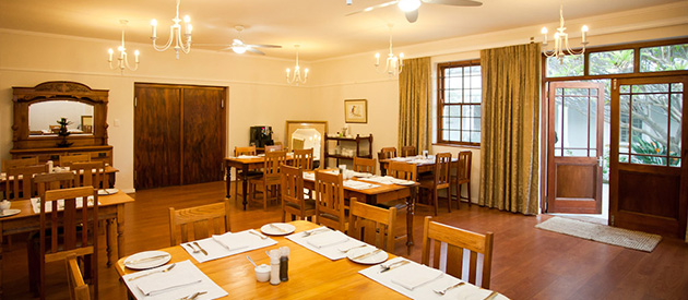 the queen of calitzdorp, calitzdorp accommodation, bed and breakfast, lodging, karoo, guest house accommodation, klein karoo